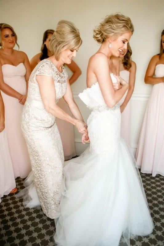 cómo ir al baño con tu vestido de novia? tips que facilitarán tu