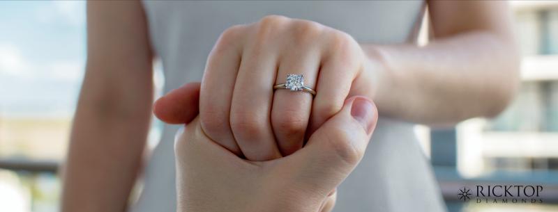 anillo de compromiso Ricktop